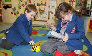 Nursery-children-and-ICT-bee-bots-and-ipads