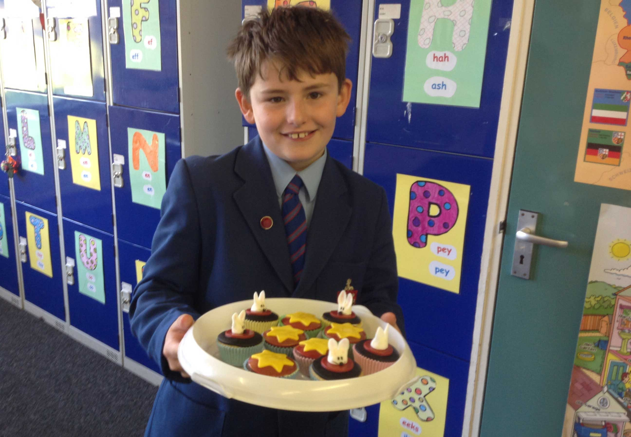 cake sale to raise fund for Macmillan Cancer support
